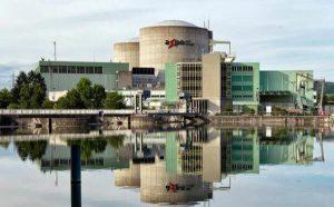 نیروگاه های انرژی اتمی در سوئیس رو به تعطیلی است  طی یک همهپرسی اکثریت مردم سوئیس خواهان توقف ساخت نیروگاههای جدید انرژی اتمی در سوئیس  در این کشور شدند.