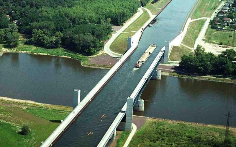 پل رودخانه ماگدبورگ، آلمان