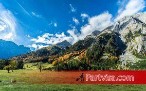 اتریش یکی از تورهای خارجی در فصل پاییز
